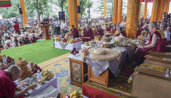 His-Holiness-Dalia-Lama